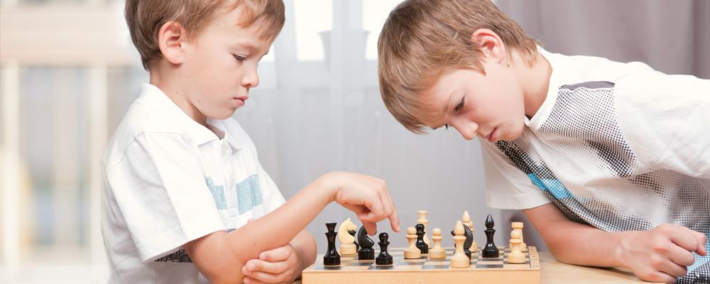 3 grandes beneficios de practicar ajedrez para la educación de sus hijos